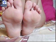 Mature feet 004