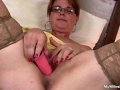 My girlfriends mom is horny bitch!
