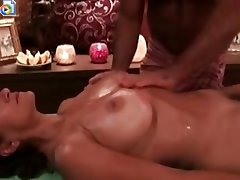 Housewife massage hour