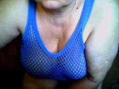 Amateur mature woman sucks tittyfucks and rides