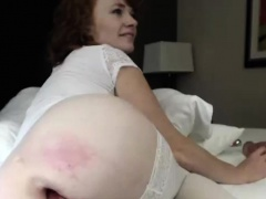 Sensual Milf Cammodel Wild Anal Dildoing